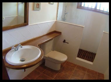 Reforma de cuarto de baño a medida vintage en Tenerife, diseño a medida